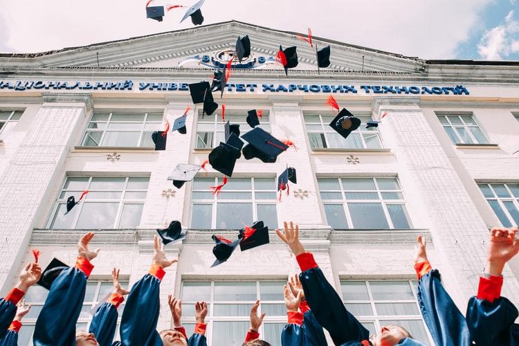 Private College VS Public College