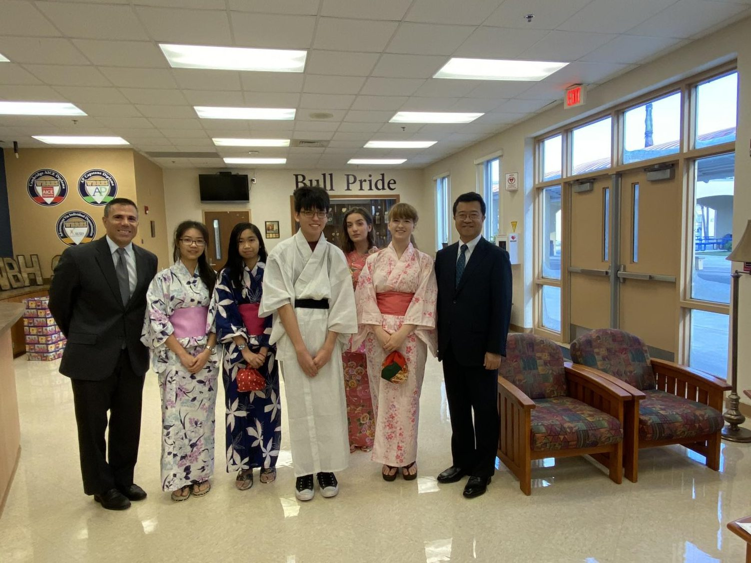 Mr. Hirata meets Mr. Capitano and some of the students from the Japanese 2 class.